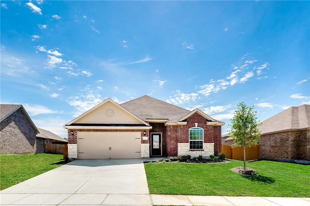 Image of Wonderful Single-Family Home in Crowley, TX