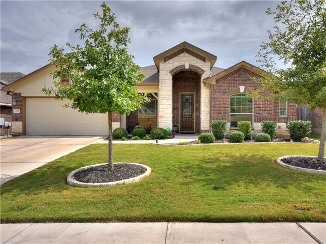 Simply stunning Pacesetter Home w/ backyard oasis. 3 beds + study.  Open & spacious floor plan. Gorgeous kitchen w/ granite counters & SS apps. Enormous kitchen island opens to dining & family room.  Huge master w/ sitting area perfect for reading nook. Master bath w/double vanity, walk in shower w/ bench & tile accent. Covered front & rear porch, gorgeous extended patio w/ pergola, extensive landscaping. Separate workshop would make great office/craft room. Golf community!