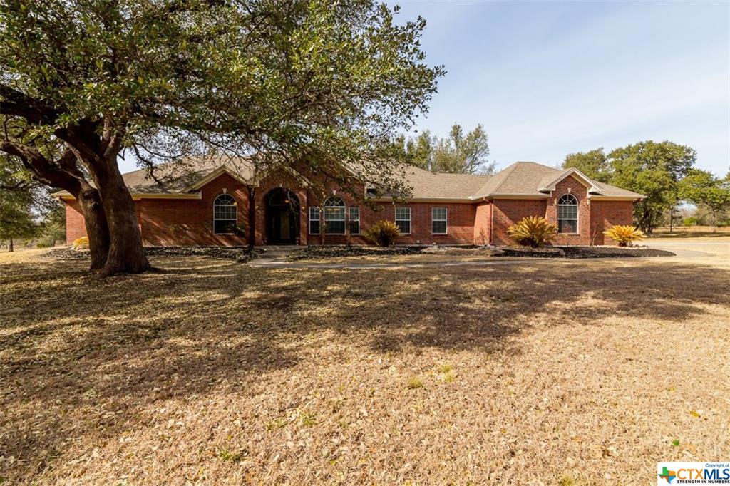 1824 Mission Trail, Salado, TX 76571