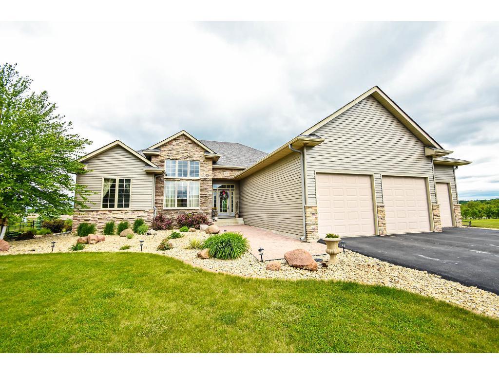 4090 Hunters Lane, Cedar Lake Twp, MN 55088