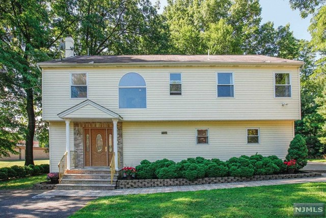 377 Lincoln Place, New Milford, NJ 07646