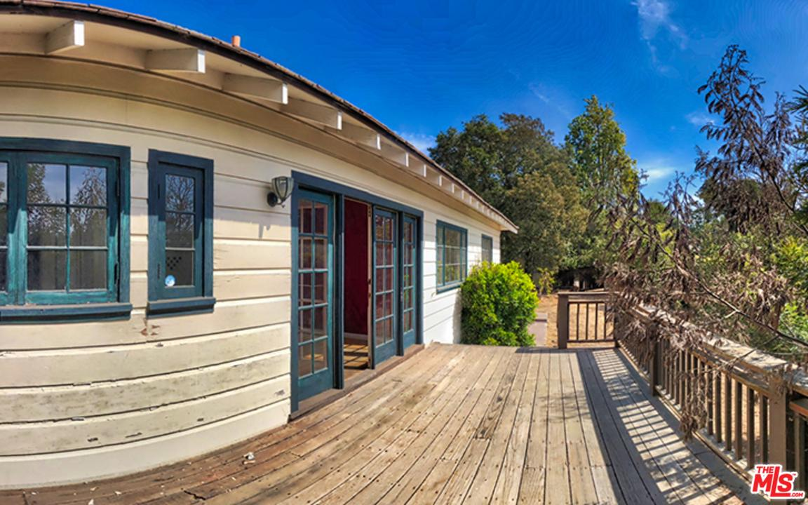 154 HOT SPRINGS Road, Santa Barbara, CA 93108
