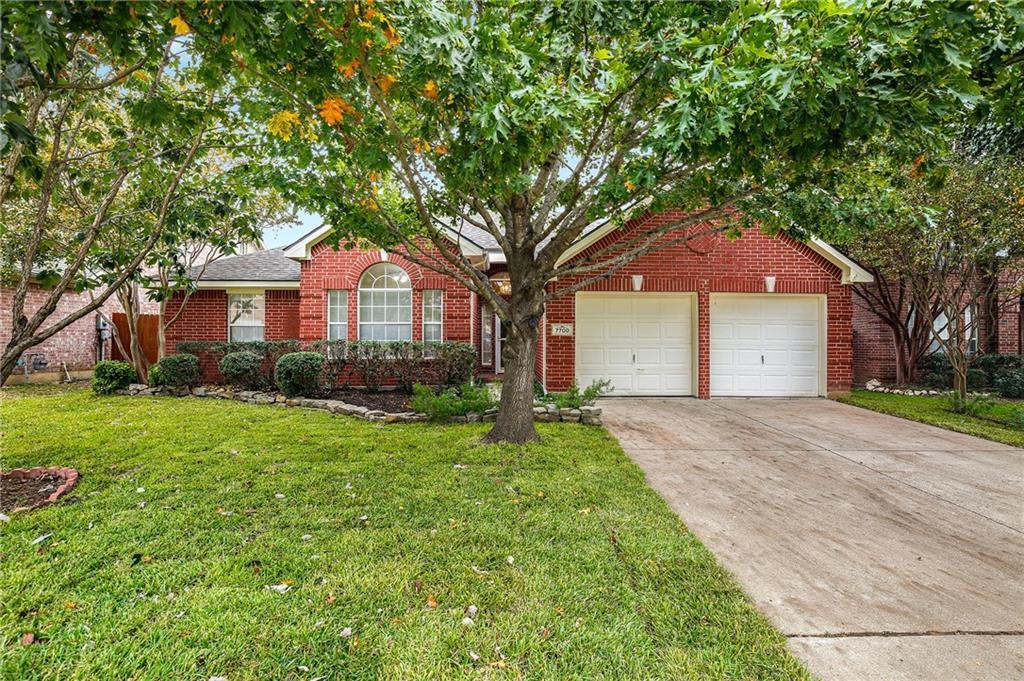 7700 Brook Meadow Lane, Fort Worth, TX 76133