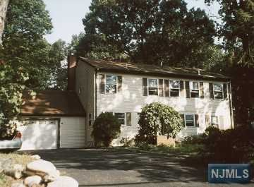 98 Forest Avenue, Oradell, NJ 07649
