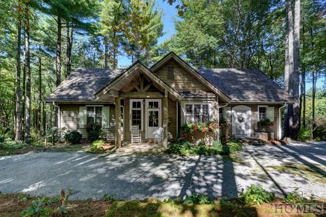 15 Grey Cottage Lane, Cashiers, NC 28747