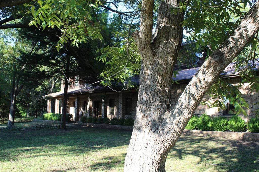 898 County Road 5060, Leonard, TX 75452