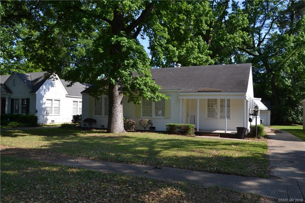 Great 3 Bedroom, 2 Bath Rental In South Highlands. Hardwoods Throughout. 2 Full Bathrooms. Freshly Painted Exterior And Interior. Washer, Dryer, And Fridge Provided
