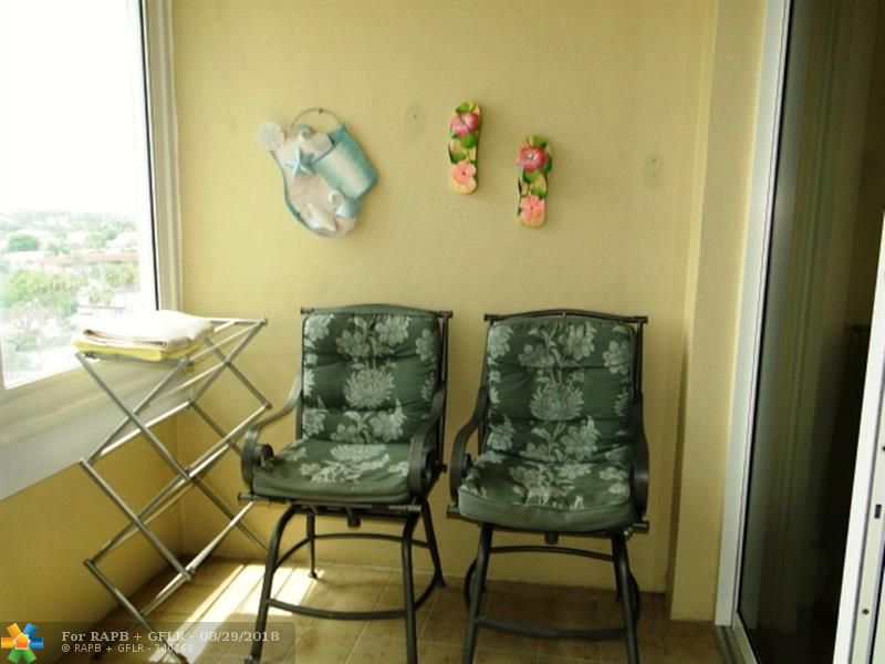RENTAL INCOME PROPERTY:1BED/1BATH CONDO IN BULDING ON THE BEACH. FACES WEST FOR SUNSET AND INTRACOASTAL VIEW. RENOVATED AND FURNISHED. CAN BE RENTED IMMEDIATELY AND AS OFTEN AS YOU LIKE. AMENITIES INCLUDE: OCEAN FRONT HEATED POOL NEXT TO TIKIBAR, CASA CALABRIA RESTAURANT, SPA/SALON, REAL ESTATE OFFICE, LOUNGE, COFFESHOP. MAINTENANCE INCLUDES:VALET PARKING, WI-FI, AC COOLANT, CABLE, HOT WATER. PET FRIENDLY BUILDING. BUY THIS RENTAL INCOME PROERTY! PLEASE SEE BROKER REMARKS.