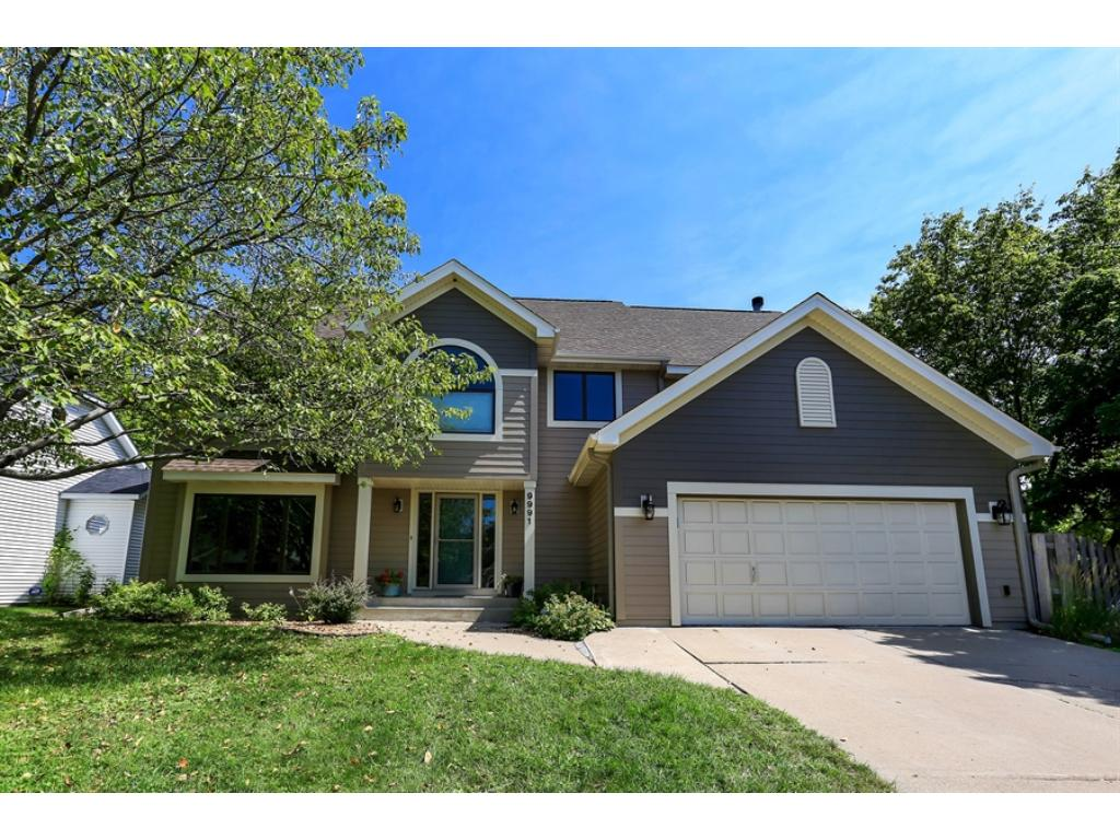 9991 Dunberry Circle, Eden Prairie, MN 55347