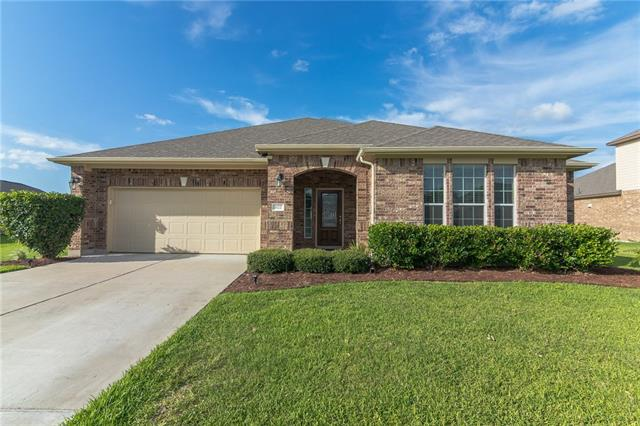 Beautiful and meticulously maintained, this 3 bedroom/2 bathroom single-story is nestled into the desirable Enclave at Brushy Creek! Nearly 1/2 acre lot & wrap-around, covered patio, provides ample space for entertaining. Granite, custom front door, hard-wood flooring, tile back-splash, crown molding, art niches & arched walk ways are just a few of the designer touches that set this home apart. A luxurious master retreat w/garden tub, walk-in closet & walk-in shower will provide a peaceful get-away!