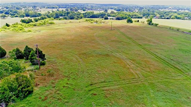 FOLKS THIS IS A RARE FIND/OPPORTUNITY!! 62.34 +/- ACRES LOCATED WTIHIN THE ELGIN CITY LIMITS!  THE POSSIBILITIES ARE ENDLESS FOR INVESTORS.  PROPERTY IS SITUATED IN A PRIME LOCATION JUST OFF HWY 290, HWY 95 SOUTH AND FM 1704.  THERE IS ALSO 3 STOCKED TANKS AND A CUTE LITTLE FARMHOUSE THAT WOULD MAKE A PERFECT RENTAL PROPERTY OR HOUSING FOR GENTLEMAN'S RANCH. PROPERTY IS CURRENTLY IN PARTIAL HAY PRODUCTION AND HAS AN AG EXEMPTION.  ALL IN ALL THIS IS AN EXTREMELY UNIQUE PROPERTY AND OPPORTUNITY FOR ANYONE.