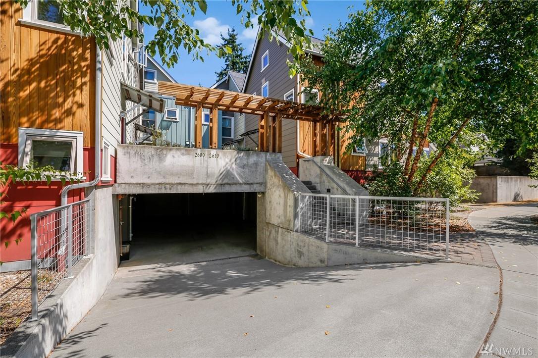 2610 Walnut Ave SW, Seattle, WA 98116