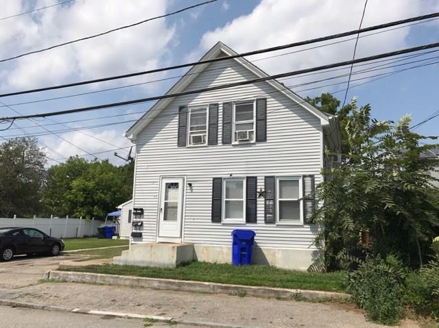 22 Lyman AV, North Providence, RI 02911