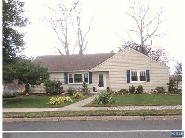 850 Ridge Road, Cedar Grove, NJ 07009