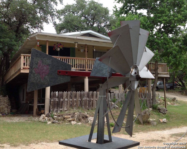 23046 N Cranes Mill Rd, Canyon Lake, TX 78133