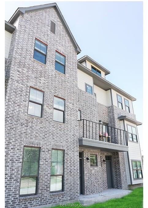 600 CLAY Street, Bryan, TX 77801
