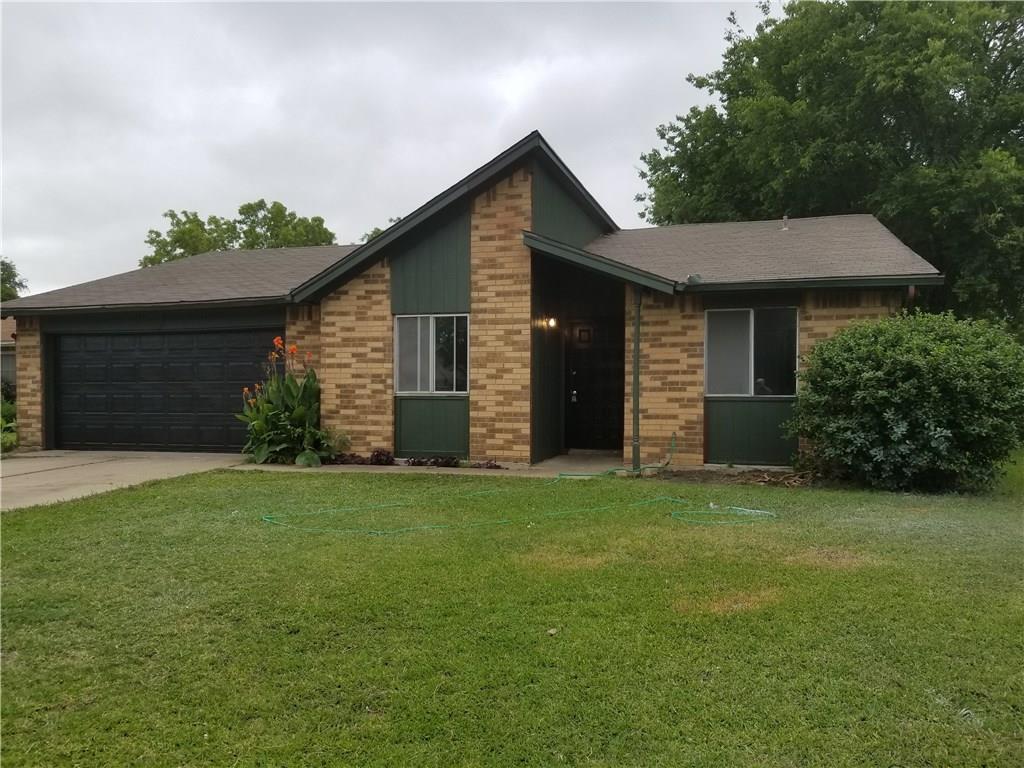 837 Frances Drive, Grand Prairie, TX 75052