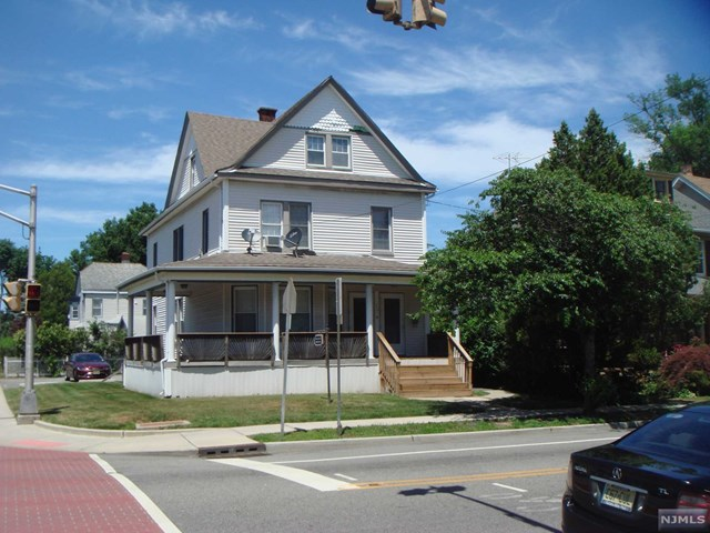 458 Clifton Avenue, Clifton, NJ 07011