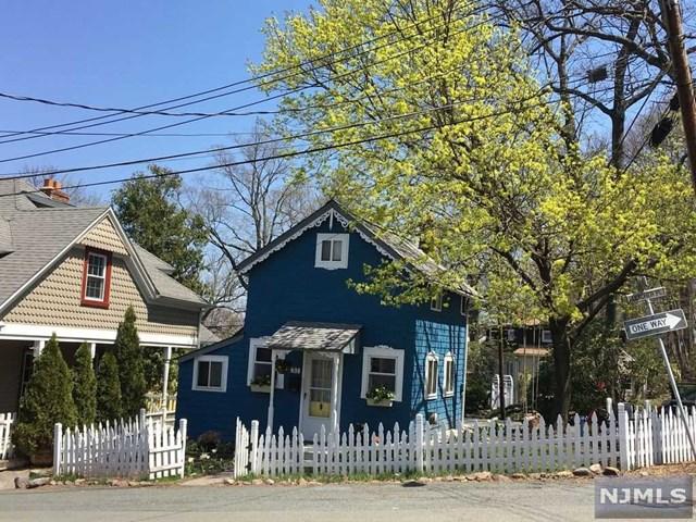 37 Fletcher Place, Mount Tabor, NJ 07878