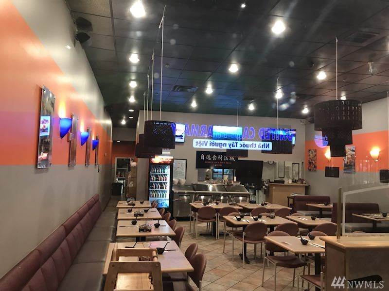 Turn key hot pot restaurant includes all the equipment needed to operate restaurant. Come take a look at this thriving restaurant. Close to IKEA in Renton and Valley medical center.