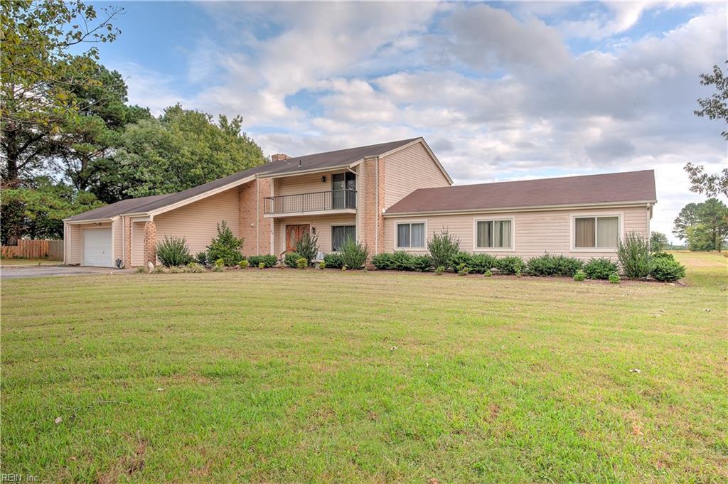 237 Saint Brides Road E, Chesapeake, VA 23322