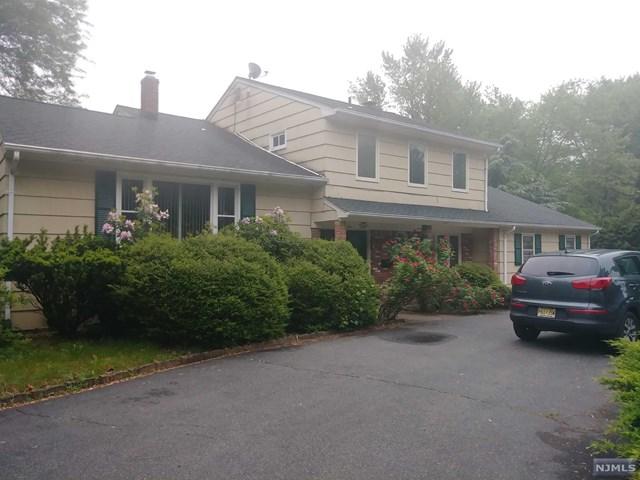 1 New Hampshire Court, Lake Hiawatha, NJ 07034