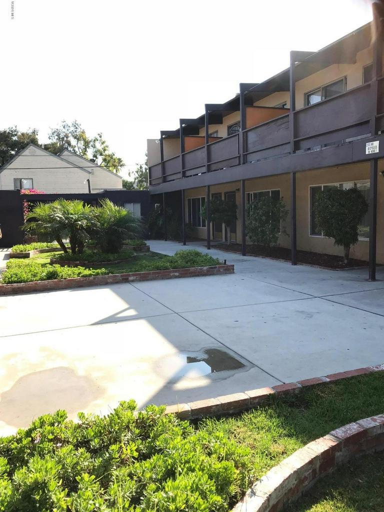 461 W CHANNEL ISLANDS Boulevard, Oxnard, CA 93033
