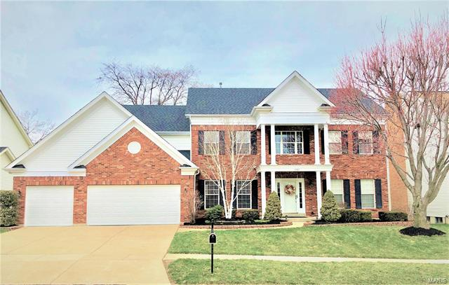 15587 Meadowbrook Circle Lane, Chesterfield, MO 63017