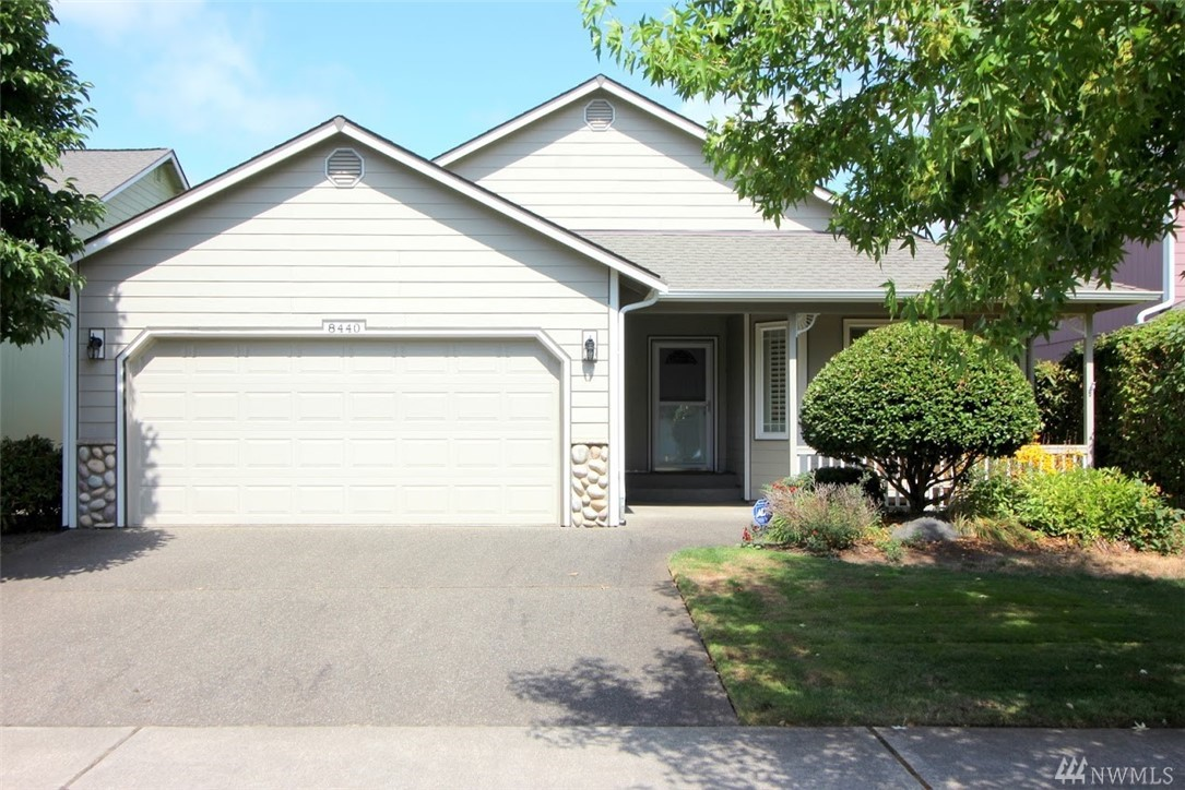Hard to find rambler in Courtney Place! 3 Beds, 2 Baths, 1760 SF. Home is very spacious with a front Sitting Room, Kitchen with eating space and pantry, Formal Dining Room, vaulted Living area, and three large bedrooms. Master Bedroom includes a walk-in closet and 5-piece master bath. Backyard is fully fenced, and home has been well maintained. Recently upgraded AC system, still under warranty. Close to schools and shopping.