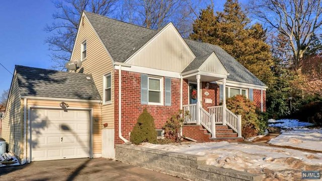 208 Lincoln Boulevard, Emerson, NJ 07630