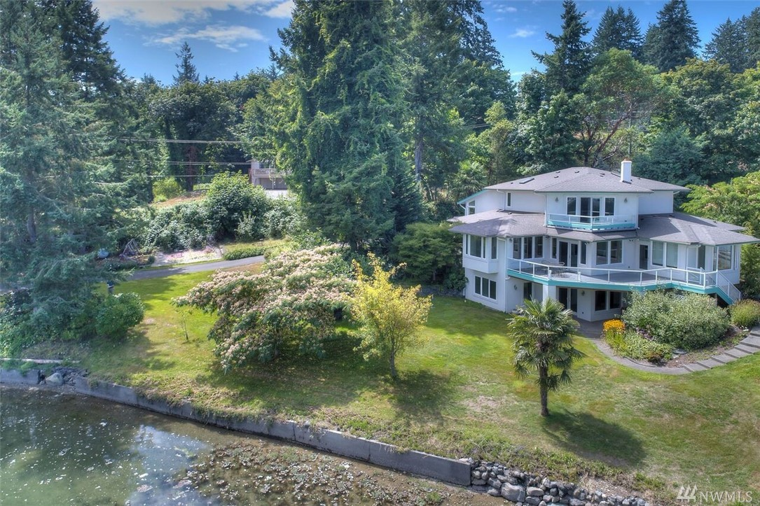 273 Northshore Blvd, Fox Island, WA 98333