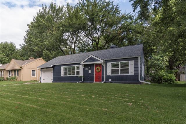 2512 W 77th Street, Prairie Village, KS 66208