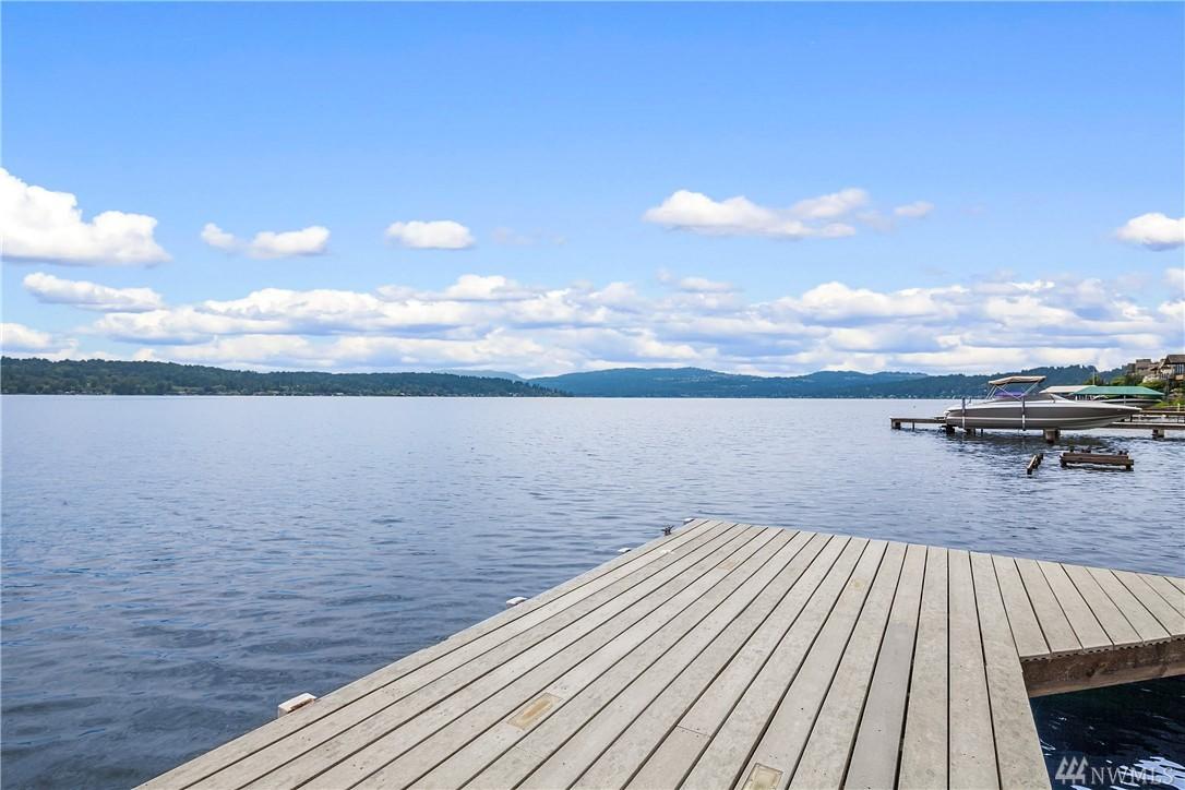 1420 W Lake Sammamish Pkwy NE, Bellevue, WA 98008