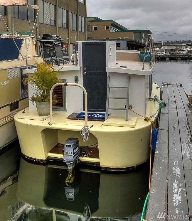"""This is the houseboat you have been waiting for! Located on a dock in South Lake Union that allows short-term rentals, this sweet """"cabin"""" on the water is a great investment! Cute as a button & cozy, it's the perfect little get away, pied-a-terre or VRBO. So Seattle, so well-located, so easy to love! Close to transit, bike trail, restaurants, major employers & everything else!"""