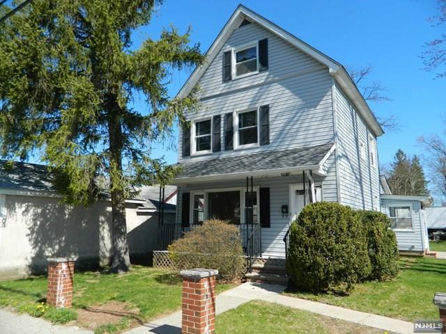 8 Smith Avenue, Wanaque, NJ 07420