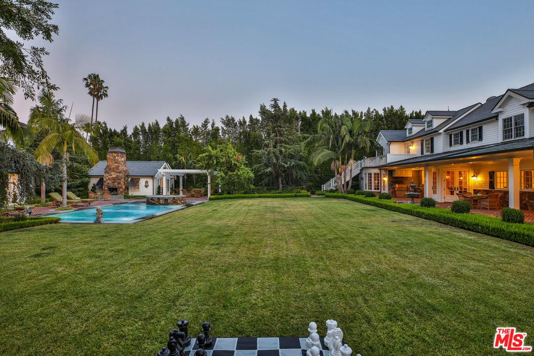 840 GREENWAY Drive, Beverly Hills, CA 90210