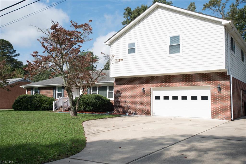 2432 River Oaks DR, Chesapeake, VA 23321