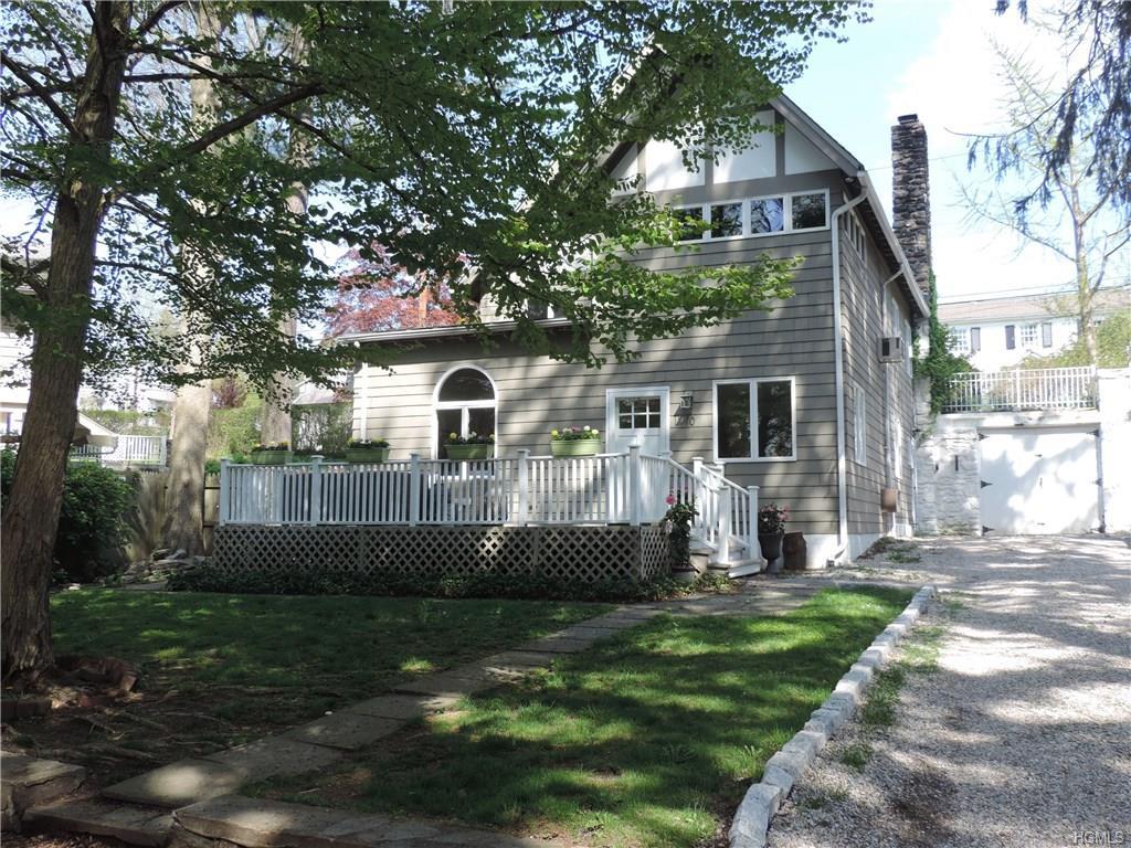 10 Newberry Place, Rye, NY 10580