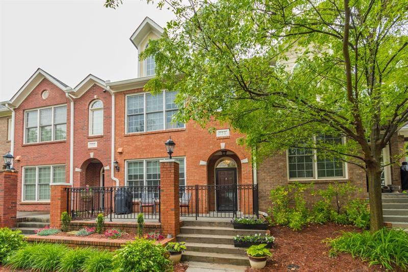 552 Centennial Lane NW, Atlanta, GA 30313