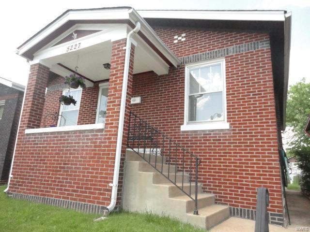 5227 Gresham Avenue, St Louis, MO 63109