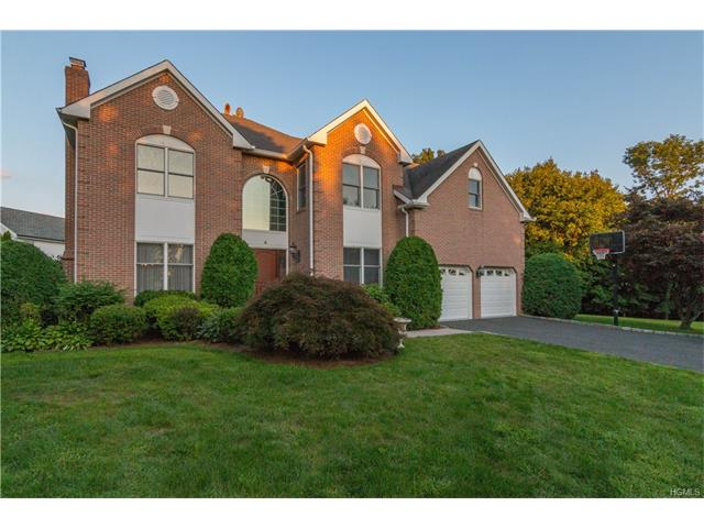 4 Paddock Road, White Plains, NY 10605