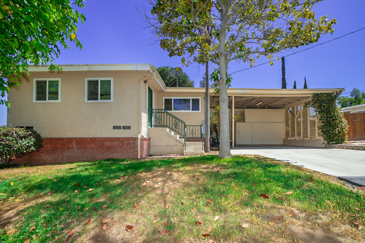8233 Panchoy Street, Lemon Grove, CA 91945