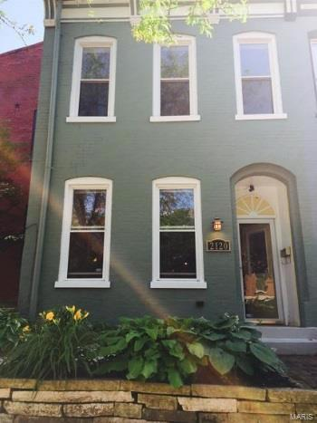 2120 Sidney Street, St Louis, MO 63104