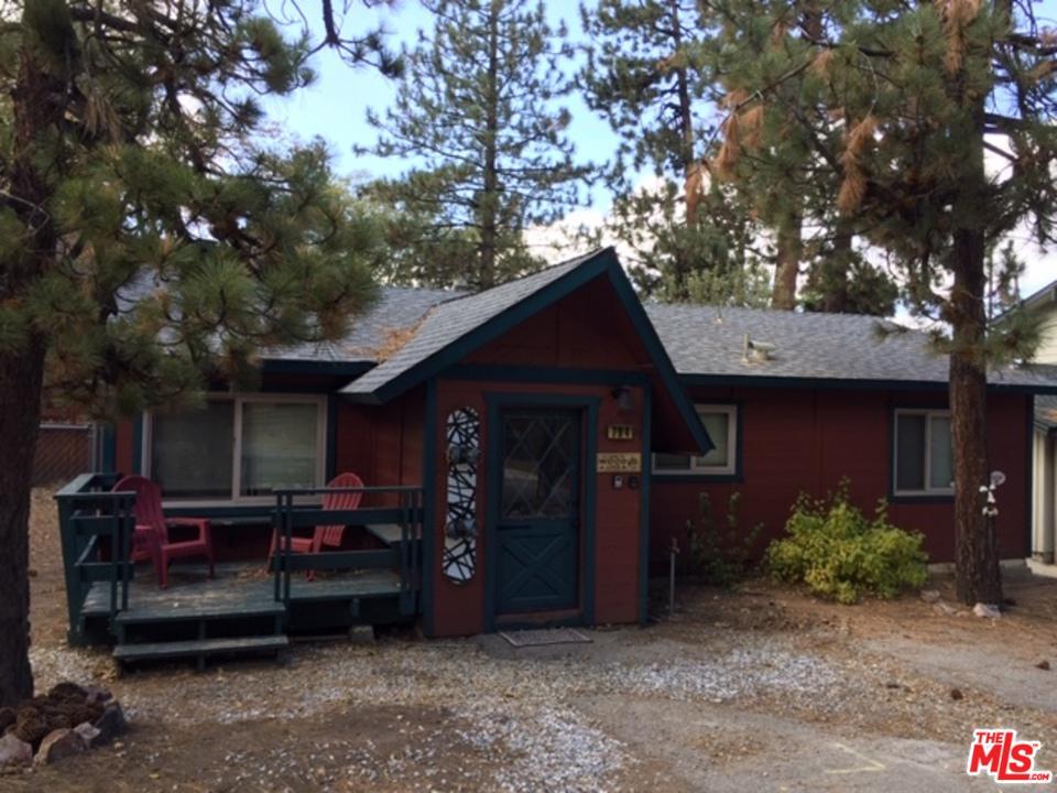 794 SAINT MORITZ Drive, Big Bear, CA 92315