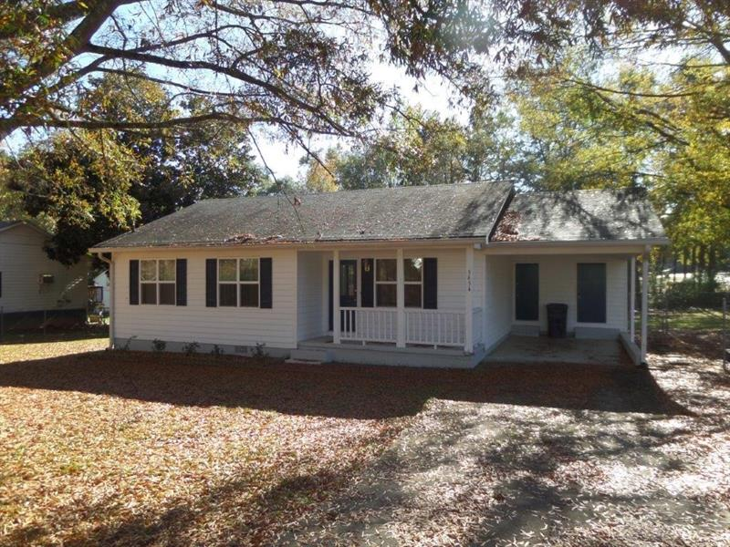 Great value on this home! Home has 3 bedrooms, 1 bath, fresh paint and carpet looks great and move in ready. Has washer, dryer, fridge included, great out building, fenced in yard, and new hot water heater. Has city water/sewer and is 100% financeable through USDA.