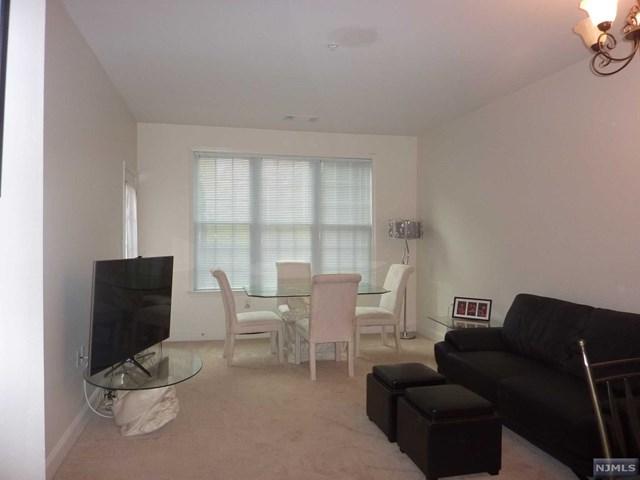7102 Coventry Court, Riverdale, NJ 07457