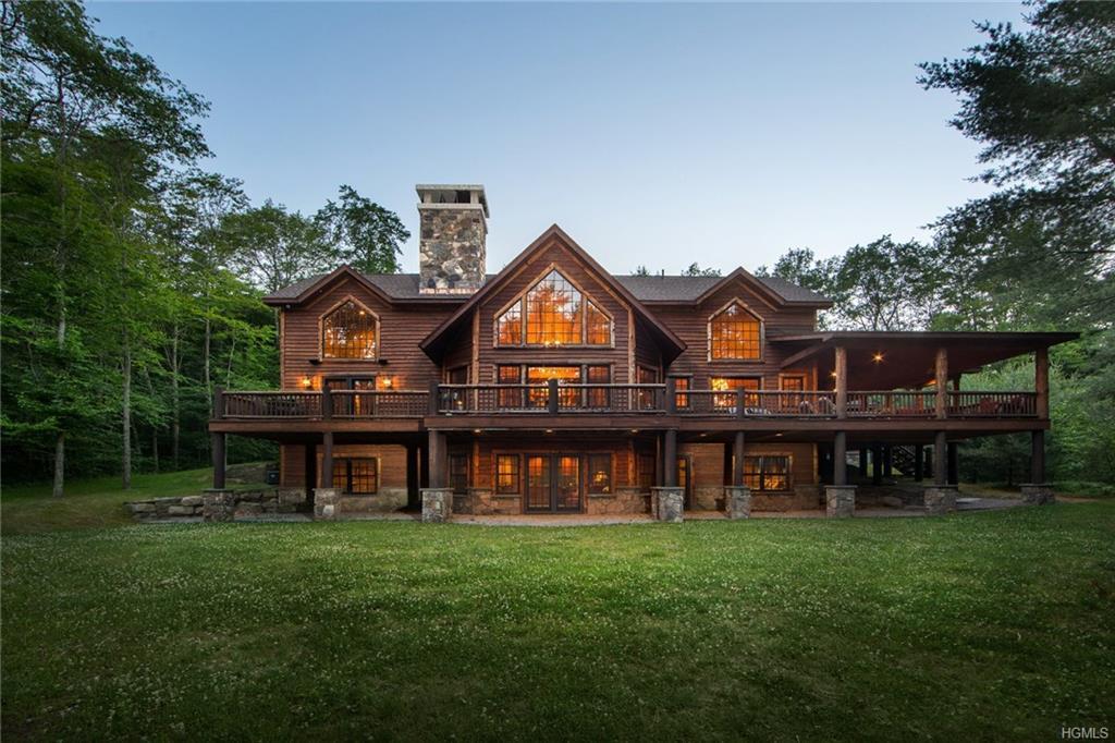 427 Woodstone Trail, White Lake, NY 12786