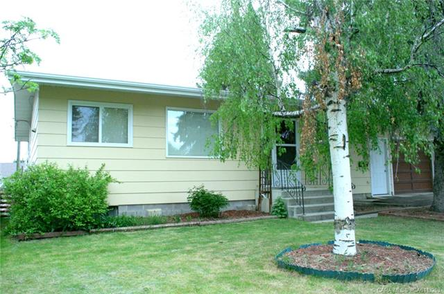 5216 54 Street, Rocky Mountain House, AB T4T 1H2