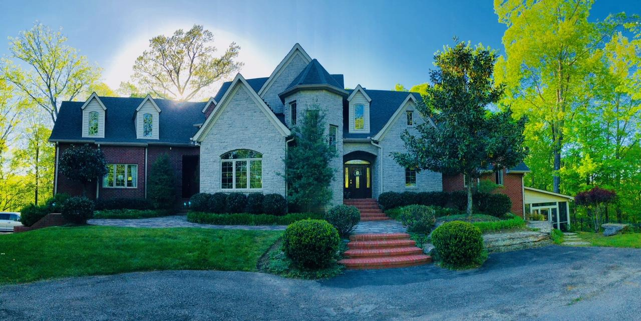 The Best Show in Town-Fabulous Custom Built Estate on 15 Very Private Acres, Total Seclusion and only 10 miles to Downtown Nashville. Incredible Chef's Kitchen, Master's up and Down, In-laws Qtrs. w/ Kitchenette, Salt Water Pool, 22x17 Heated/Cooled Workshop, Custom Blt Wet Bar, Qualified Buyers Only Please. Simply an Incredible Home