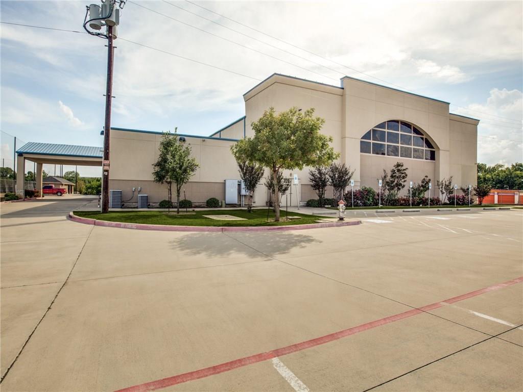3120 E Pioneer Parkway, Arlington, TX 76010